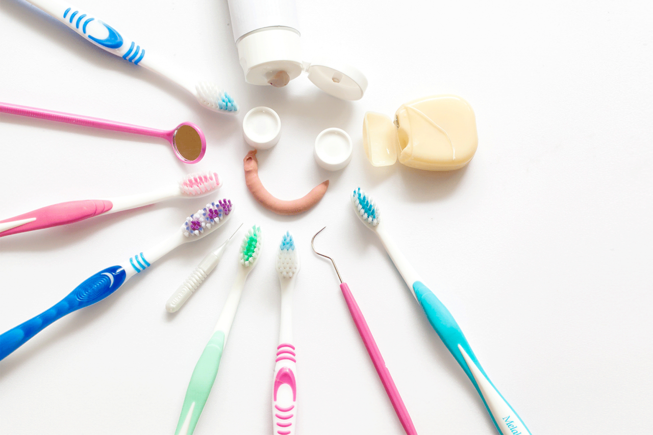 What are the best ways to practice good oral hygiene at home ?